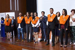 Entrega de bandas. Marina Orts, Miguel Albalat, Olga Prava, Paula Zapata, Raúl Godoy y Rosa Llinares.